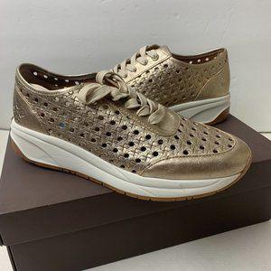 $149 Patricia Nash Milla Sneakers Women's Shoes 051LEA-PGLD Size 8M Pale Gold
